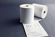 Des bobines de caisse en papier